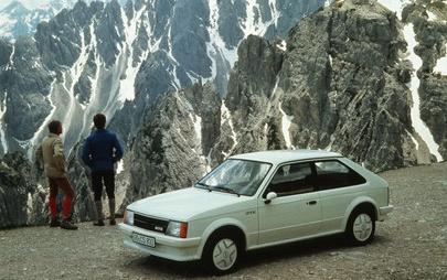 Nuova Opel Astra, da un successo all'altro nel segmento delle compatte