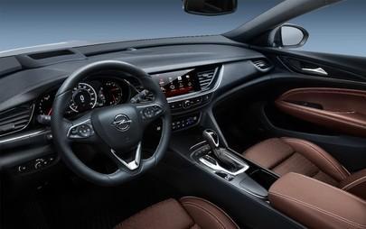 Spaziosa e sportiva: la nuova Opel Insignia Sports Tourer