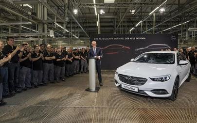 Nuova Insignia: al via la produzione dell'ammiraglia Opel
