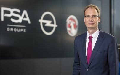 """La giuria di AUTOBEST assegna il premio """"MANBEST 2019"""" a Michael Lohscheller, CEO di Opel"""