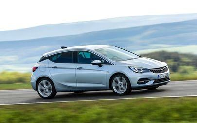 Nuova Opel Astra è ordinabile con ben cinque motorizzazioni sotto i 100 g di CO2