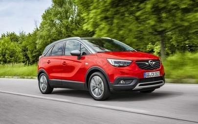 Opel Crossland X, escursione sui Monti Sibillini