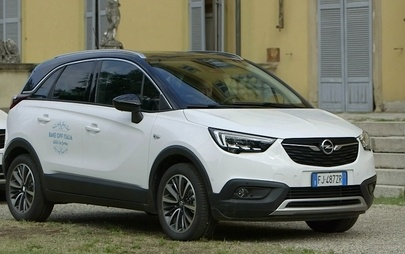 Un viaggio digital per Opel Crossland X nel mondo del food