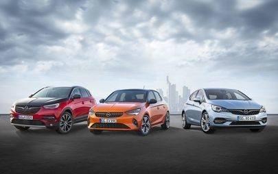 Moderno e aperto: lo stand Opel al Salone di Francoforte incarna l'immagine della Casa