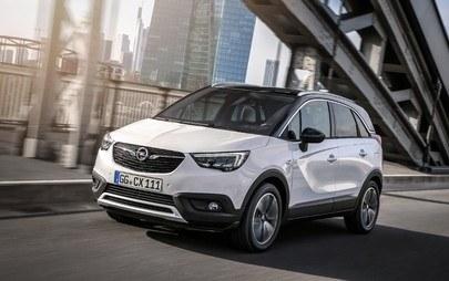Con Opel sempre connessi senza impegnare le mani
