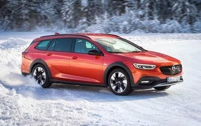 Specialista in trazione: Opel Insignia Country Tourer con trazione integrale hi-tech