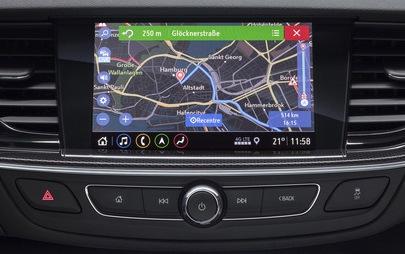 Nuovi sistemi di infotainment Opel: connettività da ammiraglia per Insignia