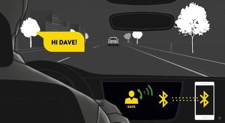 """""""Ecco come funziona"""": i tutorial di Opel rendono l'infotainment ancora più divertente"""